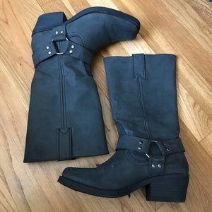 Shoes - Women boots super cute